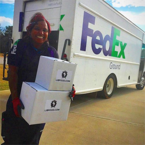 Fedex worker making delivery
